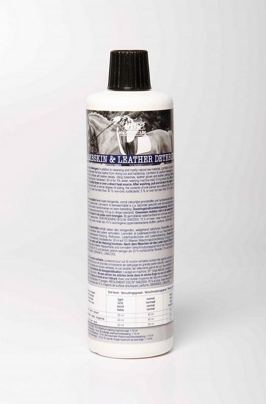Wasmiddel voor leder en schapenvacht